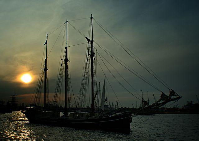 Zdjęcia: Port ., Hamburg, Zaglowiec ., NIEMCY