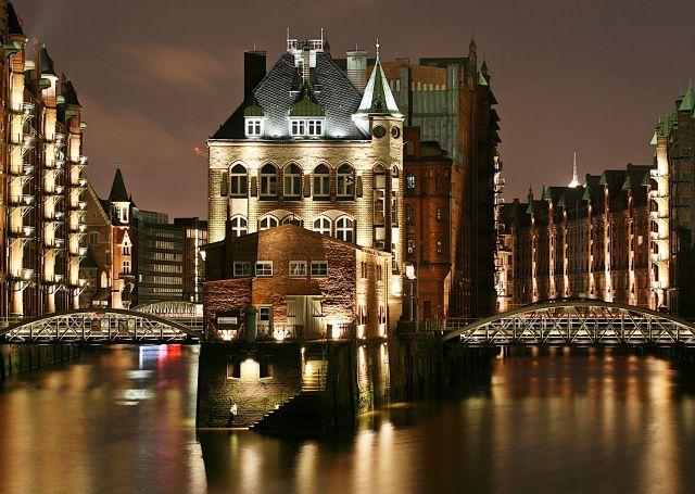 "Zdjęcia: Port ., Hamburg, Konkurs "" miasto noca "", NIEMCY"