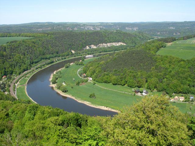Zdjęcia: widok z twierdzy Konigstein, Saksonia, zakole Elby, NIEMCY