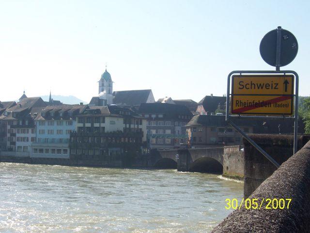 Zdjęcia: Rheinfelden, Granica między Niemcami i Szwajcarią, Granica na Renie, NIEMCY