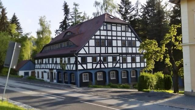 Zdjęcia: Jonsdorf, Góry Żytawskie, Dom przysłupowy w Jonsdorf, NIEMCY