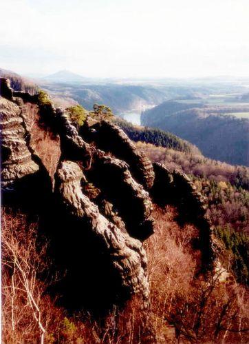 Zdj�cia: dolina �aby, Schrammsteine na po�udnie od Bad Schandau, Saksonia, dolina �aby, NIEMCY
