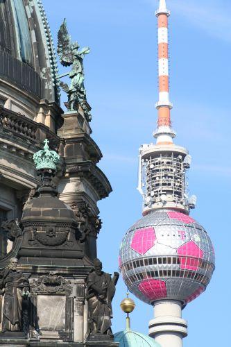 Zdjęcia: Berlin, Brandenburgia, Berlin, Berlińska piłka :-), NIEMCY