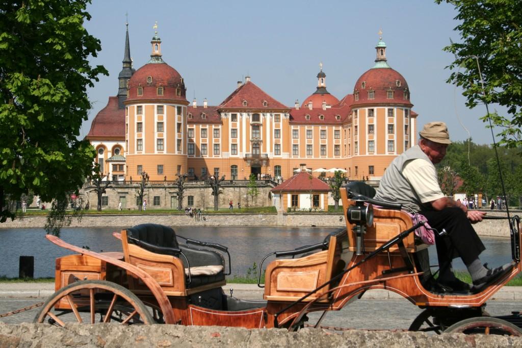 Zdjęcia: Pałacyk Myśliwski, Moritzburg, Herzlich Willkommen, NIEMCY