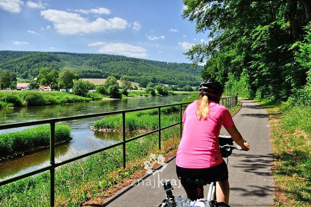 Zdjęcia: Holzminden, Dolna Saksonia, Na trasie rowerowej nad Wezerą, NIEMCY