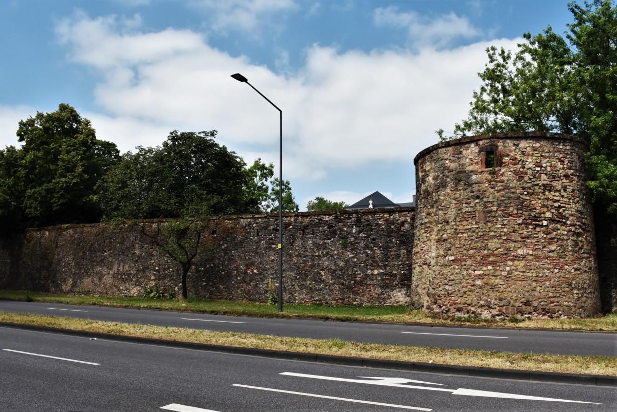 Zdjęcia: Trewir, Nadrenia Pallatynat, Trewir, mury miejskie, fragment, NIEMCY