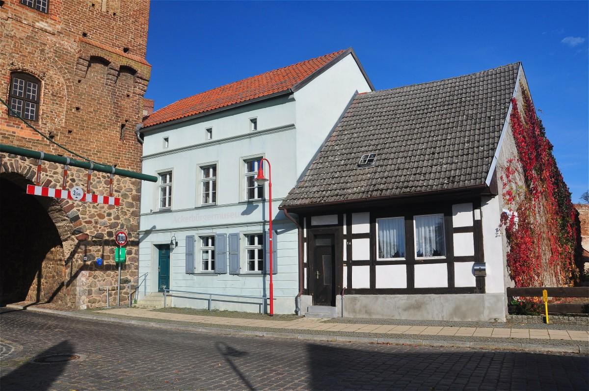 Zdjęcia: Gartz (Oder), Brandenburgia, Architektura w Gardźcu Odrzańskim, NIEMCY