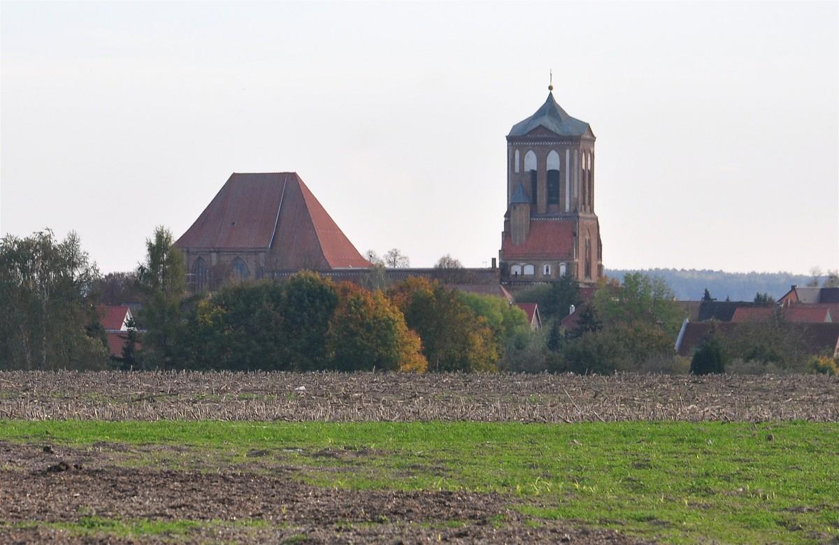 Zdjęcia: Gartz (Oder), Brandenburgia, Widok na kościół w Gartz (Oder), NIEMCY