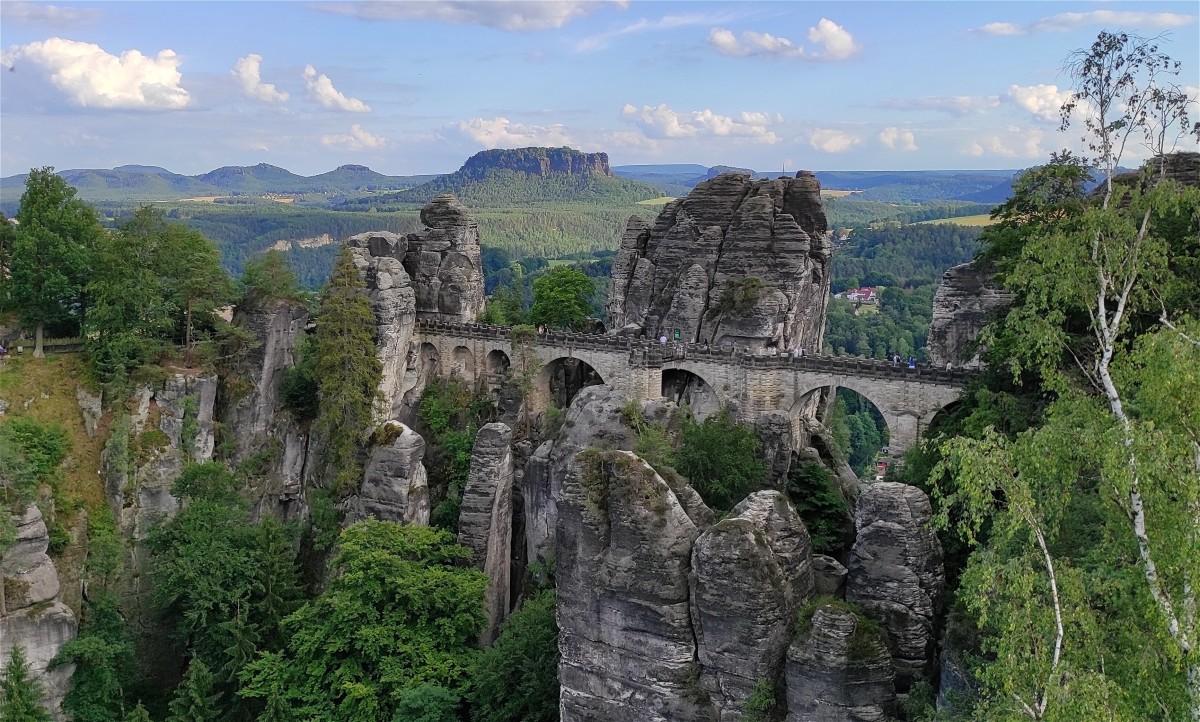 Zdjęcia: Bastei, Saksonia, Krajobrazy Gór Połabskich, NIEMCY