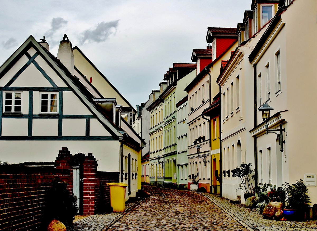 Ulica frankfurt czerwona Cheap Flights