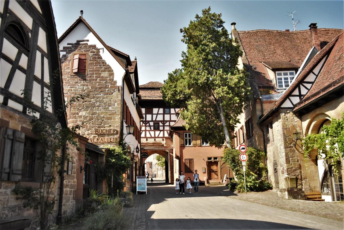 Zdjęcia: Maulbronn, Badenia Witenbergia, Maulbronn, brama klasztoru, NIEMCY
