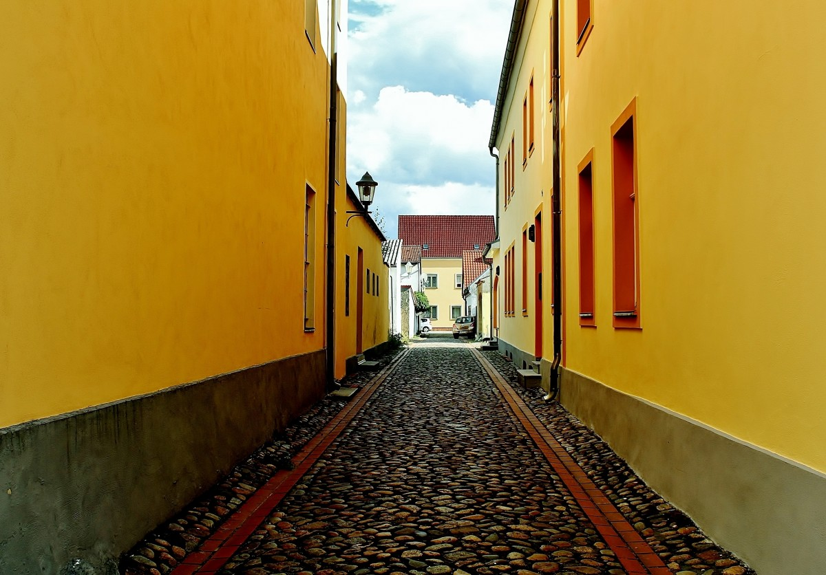 Zdjęcia: Eisenhüttenstadt, Brandenburgia, Mała uliczka, NIEMCY