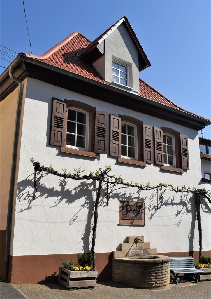Zdjęcia: Maikammer, Nadrenia Pallatynat, Maikammer, dom, NIEMCY