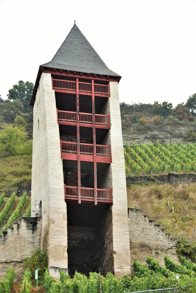 Zdjęcia: Bacharach, Dolina Renu, Bacharach, jedna z dawnych baszt, NIEMCY