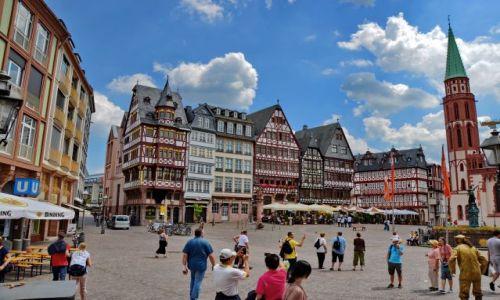 NIEMCY / Hesja / Frankfurt am Mein / Stare miasto dla Smoka