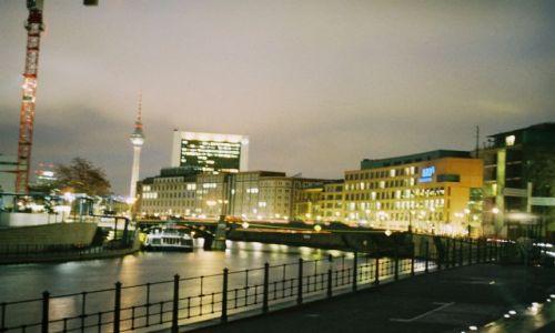 Zdjecie NIEMCY / Berlin / Berlin / Berlin nocą