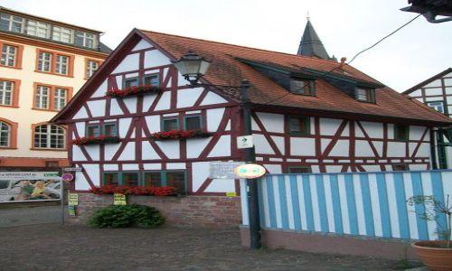 NIEMCY / Hesja / Seligenstadt / Seligenstadt