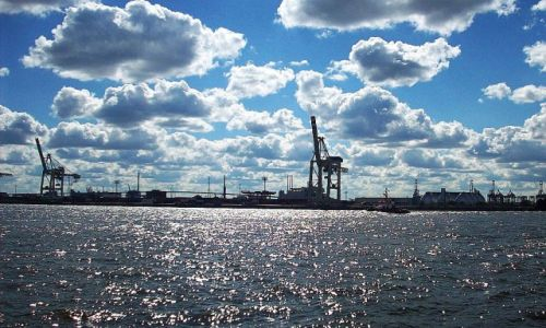 Zdjęcie NIEMCY / Hamburg / Blohm und Voss / Port w Hamburgu