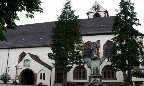 Zdjęcie NIEMCY / Badenia - Wirtembergia / Schwarzwald / Kirchzarten - kościół parafialny