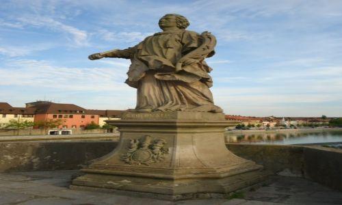 Zdjęcie NIEMCY / Bawaria (Frankonia) / Wurzburg / Figury świętych