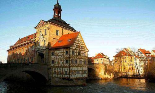 NIEMCY / Bayern / Bambergia-Ratusz / Niezwykła architektura