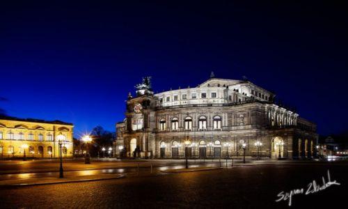 Zdjęcie NIEMCY / Saksonia / Drezno / Semperoper
