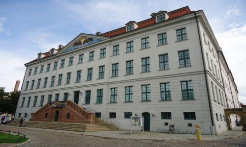 Zdjecie NIEMCY / Saksonia-Anhalt / Halle / Główny budynek