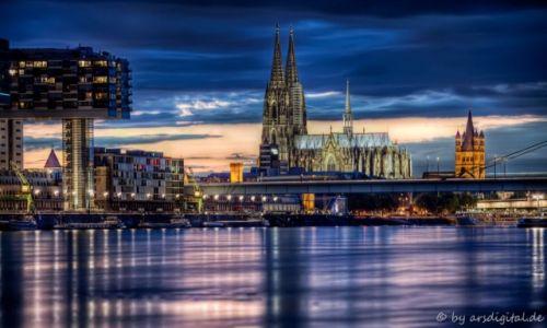 Zdjęcie NIEMCY / Rheinland / Köln / Dom und Rheinhafen