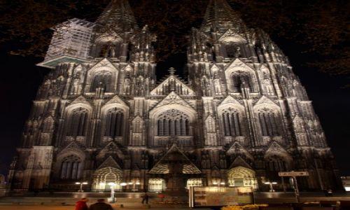 Zdjęcie NIEMCY / Nadrenia / Kolonia / Katedra nocą