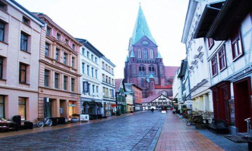 Zdjęcie NIEMCY / Pojezierze Meklemburskie / Schwerin / Katedra Najświętszej Maryi Panny