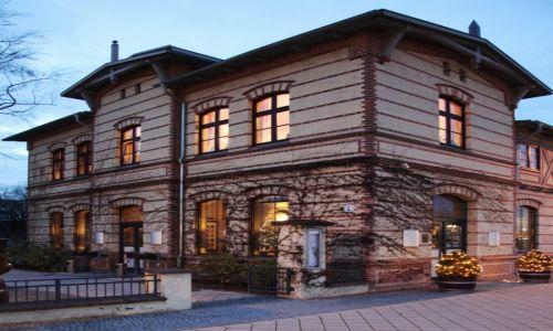 Zdjęcie NIEMCY / Pojezierze Meklemburskie / Schwerin / Dawna pralnia książęca, obecnie restauracja