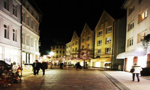 Zdjęcie NIEMCY / Pojezierze Meklemburskie / Schwerin / Nocny spacer