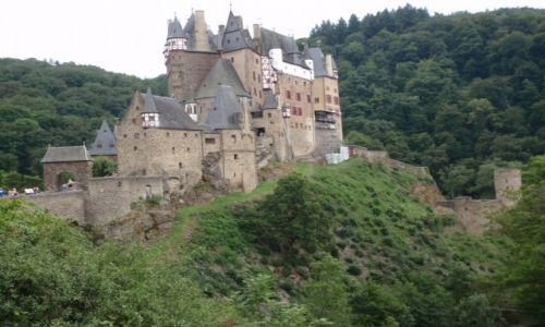 NIEMCY / Nadrenia Palatynat / Dolina Mozeli / Mozela zamek Eltz