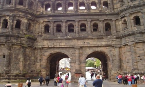 NIEMCY / Nadrenia Palatynat / Dolina Mozeli / Trier Porta Nigra