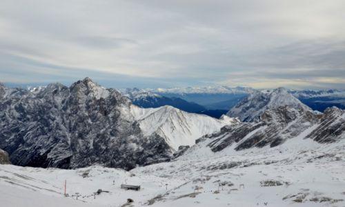 Zdjecie NIEMCY / Alpy Bawarskie / pod Zugspitze / W Alpach