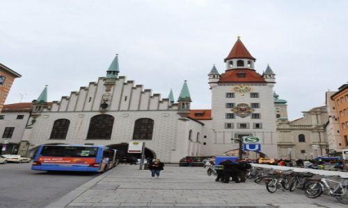 Zdjęcie NIEMCY / Bawaria / Monachium  / Monachium, stary ratusz