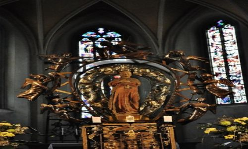 Zdjęcie NIEMCY / Bawaria / Bogenberg / Bogenberg, figura Matki Bożej z XIII w.