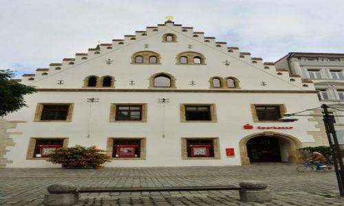 NIEMCY / Bawaria / Straubing / Straubing, zabytkowy rynek.