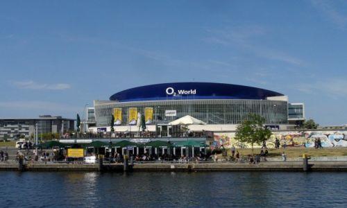 Zdjęcie NIEMCY / Berlin / Rzeka Szprewa / Mercedes-Benz Arena