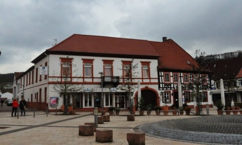 Zdjęcie NIEMCY / Nadrenia-Pallatynat / Bad Bergzabern / Bad Bergzabern, architektura