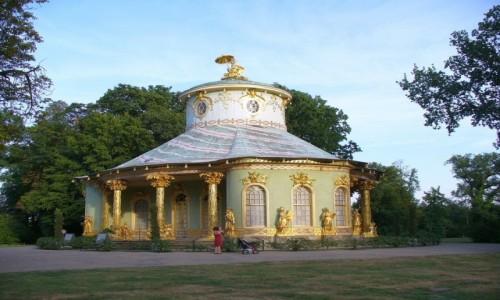 Zdjęcie NIEMCY / Brandenburgia / Poczdam / Złoty pałac mandaryna, w parku Sans, Souci
