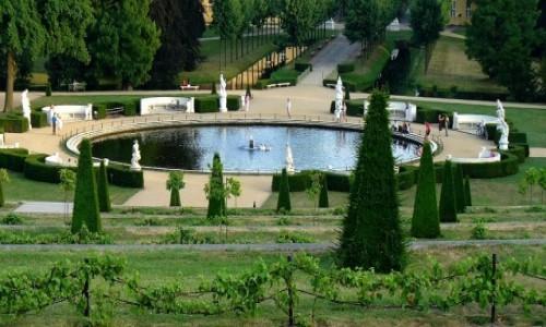 Zdjęcie NIEMCY / Branderburgia / Poczdam park San, Souci / Fontanna parkowa