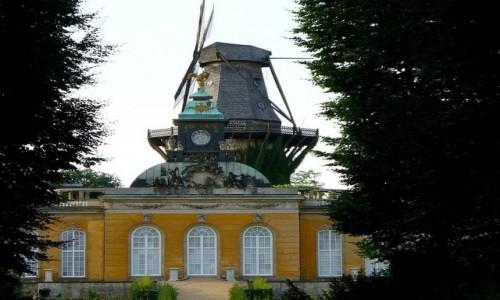 Zdjęcie NIEMCY / Brandenburgia / Sans, Souci, Poczdam / Holenderska część parku