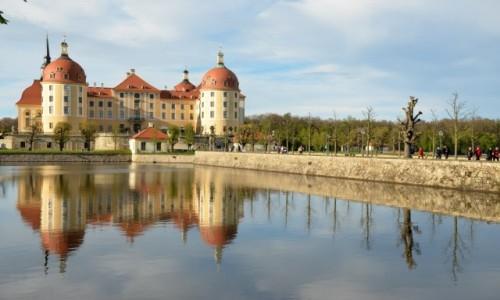 Zdjecie NIEMCY / Saksonia / Moritzburg / Pa�ac na wodzie