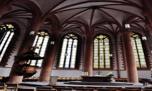 Zdjęcie NIEMCY / Badenia-Wirtembergia / Heidelberg / Heidelberg, Kościół Świętego Ducha, prezbiterium ewangelickie.