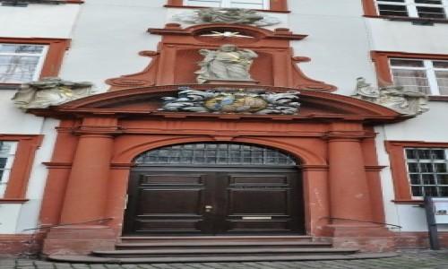Zdjęcie NIEMCY /  Badenia-Wirtembergia / Heidelberg / Heidelberg, kościół Jezuitów, portal klasztorny
