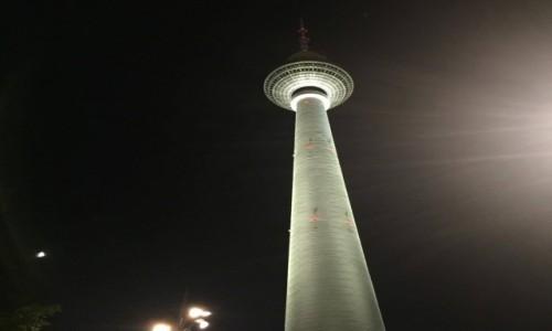 Zdjecie NIEMCY / Berlin / Alexanderplatz, Berlin / Wie�a TV w nocy