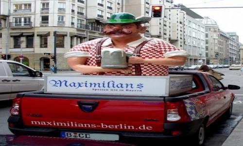 Zdjecie NIEMCY / Berlin / Berlin / Zach�ta na ulic