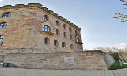 Zdjęcie NIEMCY / Nadrenia-Pallatynat / Neustadt an der Weinstrasse / Hambacher Schloss