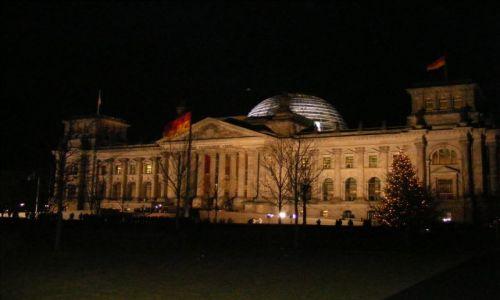 Zdjęcie NIEMCY / Branderburgia / Berlin / Reichstag